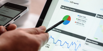 Spadki na szerokim rynku akcji - co to oznacza dla inwestorów?